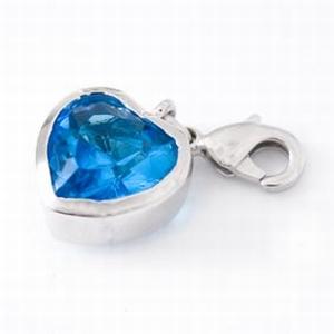 Heart with blue zirconia