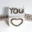 Vierkant met hartje en You