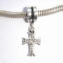 Pendant cross with zirconia
