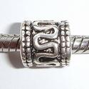 Cylinder with snake line