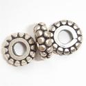 Zilveren kraal, plat, rond, antiek