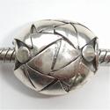Zilveren kraal met driehoekjes en rondjes
