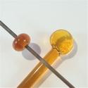 014 - Medium amber